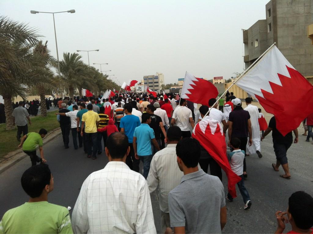 RT @AbuJasimBH: ᆴトハチᄅ ᄡᆳネᄃト @BahrainNation @BeladOnline #Bahrain10Marches @14febahrain http://t.co/75eY1ets