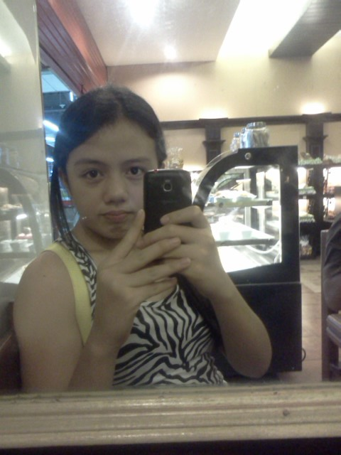 Cathy's Bakeshop and Cafeteria! :) I ate a bunch of CHOCO BROWNIES. Mhhmm.. My Boyfriend ;) http://t.co/d1PmiVFt