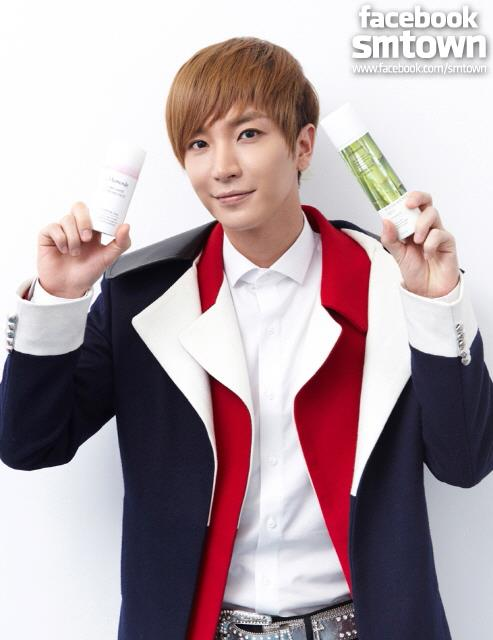 Leeteuk @ SUPER SHOW4 en Shanghai CR: FACEBOOK SUPER JUNIOR STAFF http://t.co/iKatbBfq