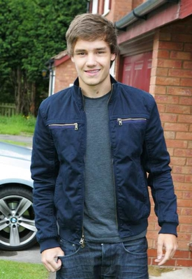 Liam outside his House. #9 http://t.co/9DmN4bkR