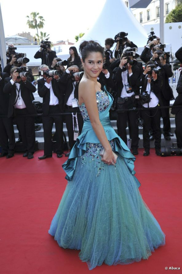 FLAWLESS RT @sukelin: Blah! *ngeces* » Dian Sastro at #Cannes2012 http://t.co/wcbP2a2s