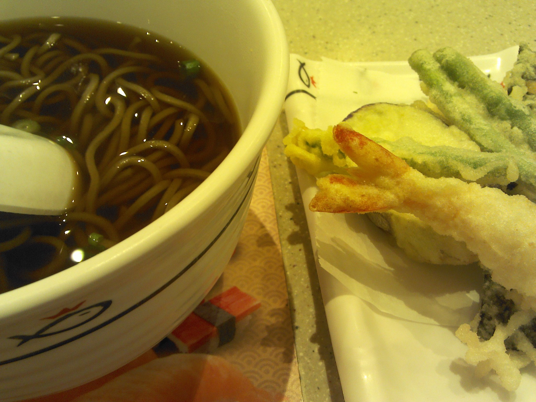 tempura soba, anyone~? http://t.co/ebtSKrho