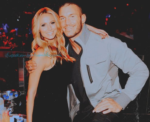 Omg, this manip of Stacy Keibler and Randy Orton is f'n adorable! http://t.co/LVgxXkmA