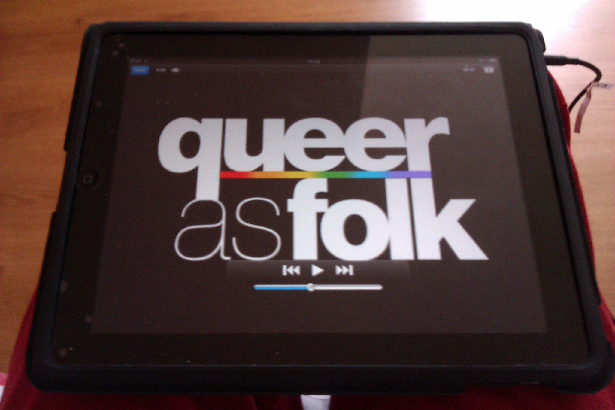 #nw Queer As Folk Saison 1 Épisode 1 Et oui! Encore, j'avais envi! http://t.co/Fm8Xt3Rz