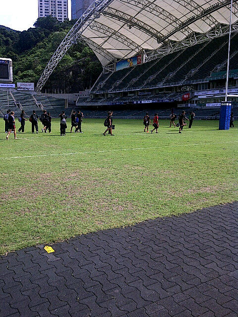 KL under 14s turn up for training at the stadium! http://t.co/fzPj8VLd
