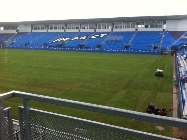 The grass is officially in at Saputo Stadium! Check it out #IMFC fans! Thanks to @RobbyLins for the picture!  http://t.co/duJAZerF