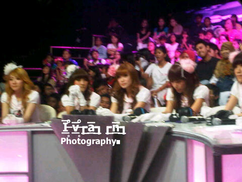 #SharePict @RynChiBi @FellyChiBi @Angel_ChiBi @CherlyChiBi at #EliminasiCherrybelleCariChiBi http://t.co/Y1rcVmDL