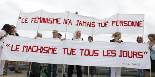 Citation de Benoite Groult :  'Le féminisme n'a jamais tué personne, le machisme tue tous les jours' http://t.co/vrtmX8Jz