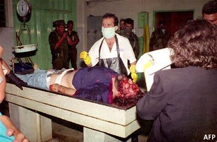 Foto de Pablo Escobar en la morgue, muere de un balazo el la cabeza http://t.co/ZoyixftO
