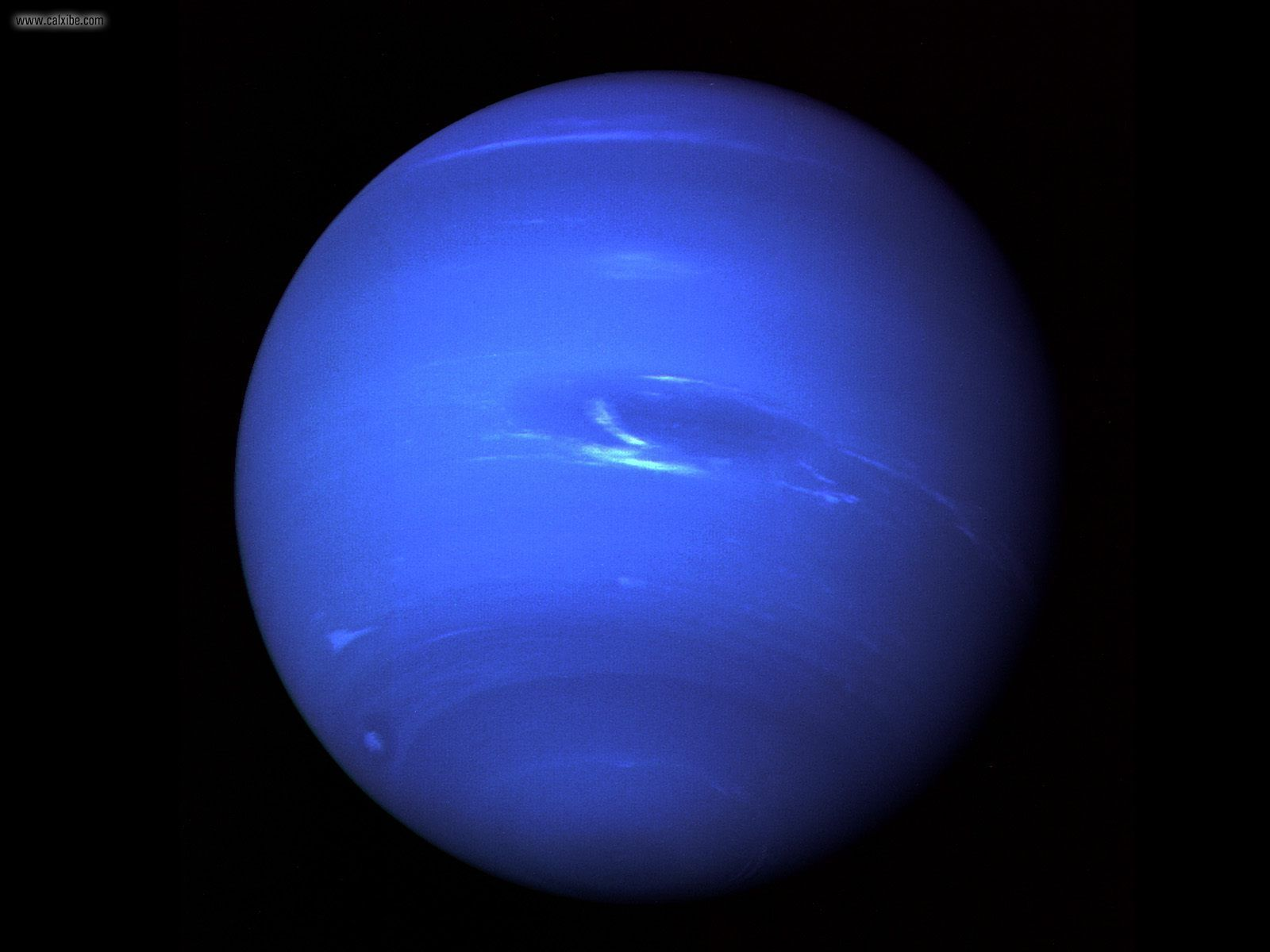 Foto planet Neptunus http://t.co/DmtiubTU