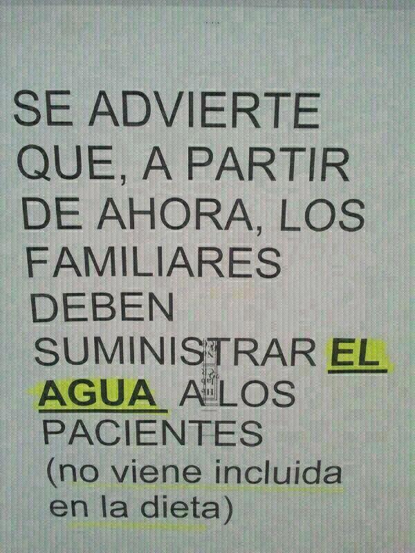 Los recortes de Cospedal llevan a esto. Es un cartel del Hospital Mancha Centro de Alcázar de San Juan http://t.co/zcKNPMKr