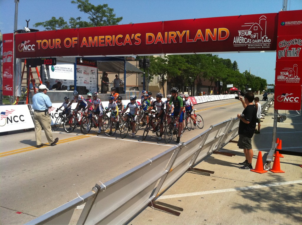 #TofAD 10-14 Juniors underway in Sheboygan http://t.co/NELgDRgG