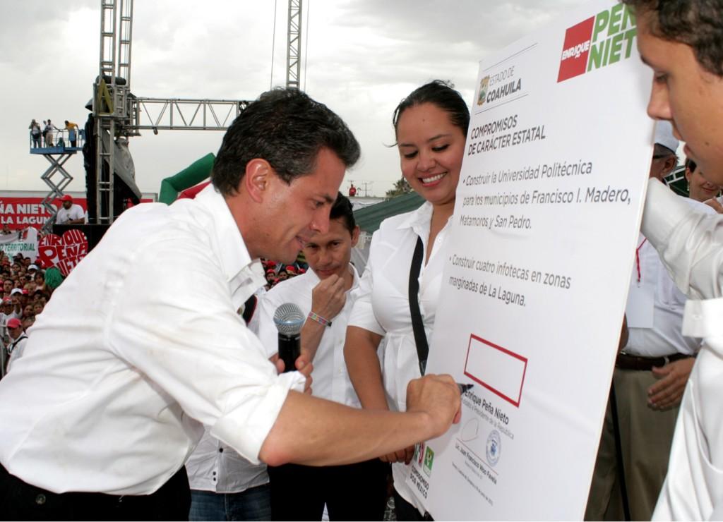 #PeñaNietoPresidente porque está comprometido en la construcción de un mejor país. http://t.co/LuIZukew