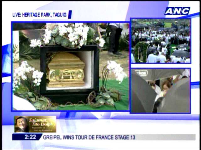 Dolphy now in his resting place. #SalamatDolphy  http://t.co/CLdl7Wl2
