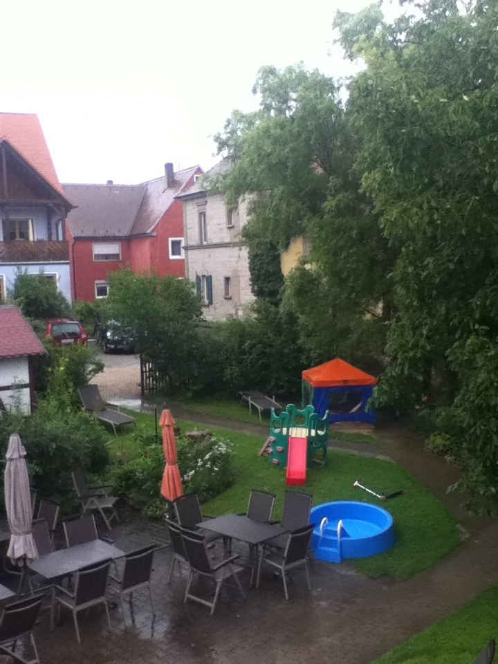 Helaas ook in Bayern! #kutregen http://t.co/FPMmbrlb