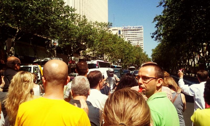 Cortada calle Princesa - Plaza España (12:30) #graciasfuncionarios  @Maspublico @eldiarioes @La_SER @el_pais http://t.co/WaCoThnl