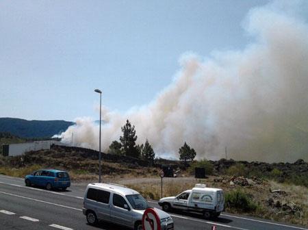 RT @jcruzgodoy: #incendiolapalma (vía: La Voz de La Palma)  @Juanmi_News http://t.co/yIAwzU1X