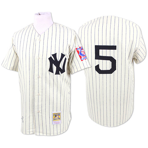 It's Beat the Streak Day! If this gets 5,600 retweets we'll give away retro Joe DiMaggio jerseys. WANT ONE? http://t.co/i2YhAFX9