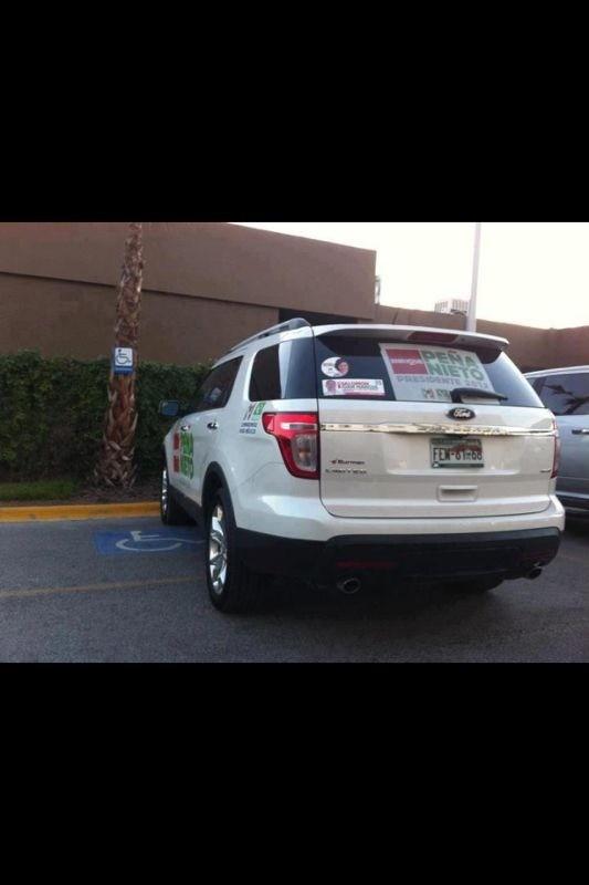 ' @lopezdoriga @AleMondras: #EsaSensacion dqel próximo sexenio será muy gandalla cpercibe asta en los estacionamientos http://t.co/QBZiCX1Z'