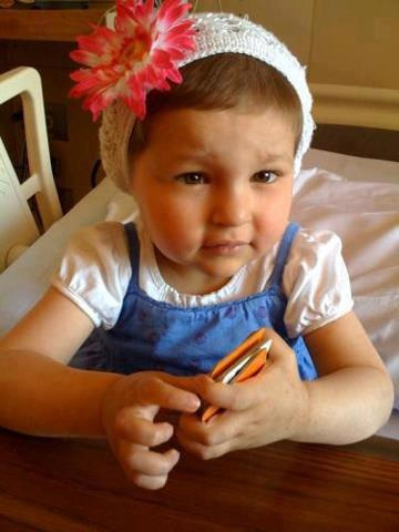 Avalanna looks so healthy. That's adorable. http://t.co/ucvViR7k