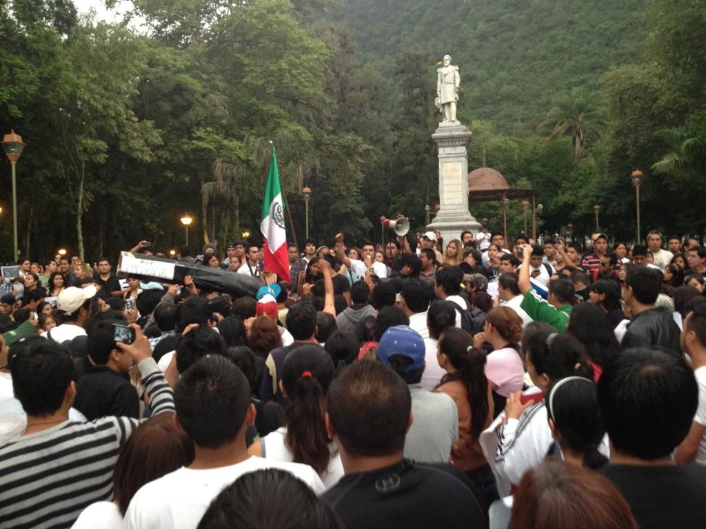 #Orizaba #MarchaAntiEPN #México #Veracruz #CordobaVer #PorSiAlguienQuiereSaber http://t.co/xh0GMHi7