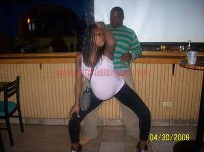#tweetlikearatchet - just cuz I'm pregnant don't mean I cant go to the club! Lmfao the fuuuuucx , me gettin it doe!! http://t.co/3P0UcCwC