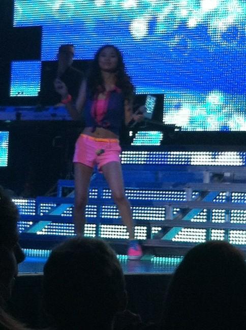 Jessica Sanchez Swags in Detroit  RT @idolnonsense Jessica http://t.co/ZUsPCeAY