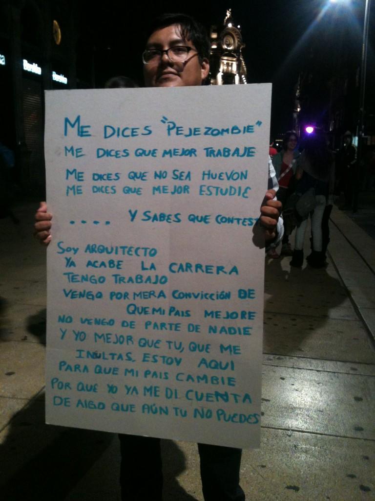RT @MiguelAngel_78: @anaviclo: Esta es una buena respuesta a todos los que nos atacan http://t.co/w1dT1O2K'/Reitero, ni buenos ni malos  ...