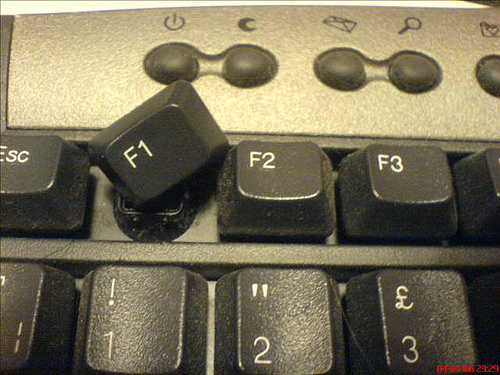 BREAKING: Button severely hurt in F1 accident ( via @FMCV_Official ) http://t.co/tgqdwv3F