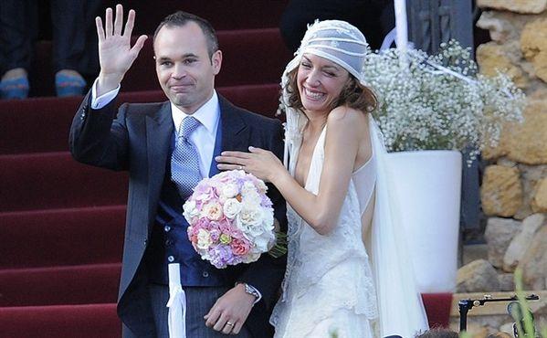 RT @BeritaBola_ID: Selamat buat ANDRES INIESTA & ANNA ORTIZ, semoga menjadi pasangan yg Sakinah, Mawaddah & Warahmah! Cc @INDOBA ...
