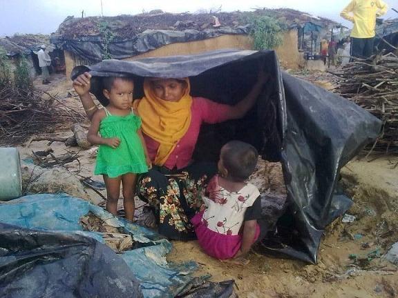 RT @bu3mr: When will move for them ? ナᆰノ ᄈニᆰᆳᄆテ ナニ ᆪᆲトヌナ ゚  #SOSArakan #HelpArakan #ᄃᄆᄃテᄃニ #Burma   @UN @HRW @Malarab1 @alfarooo8 http:/ ...