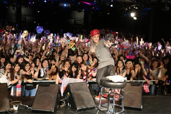 great acoustic performance #withdankanter. Love you Japan! http://t.co/Taxpn8Fq