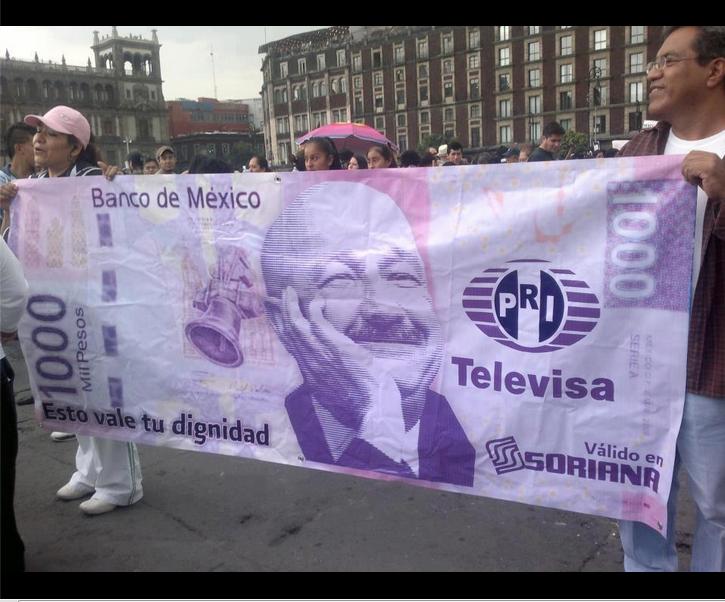 #SorianaVsAMLO #VamosABesarnosHastaQue NO TENGAS QUE VENDER TU DIGNIDAD POR $1000 http://t.co/22cH9iwm #SorianaVsAMLO