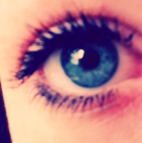 @xGeraintJones blue eyes! http://t.co/w5YkJ7K6