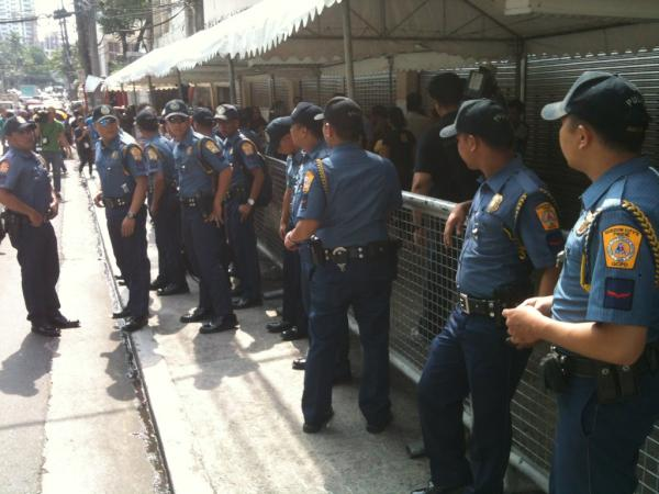 QCPD on standby for arrival of Dolphy's remains. http://t.co/67krsKfH