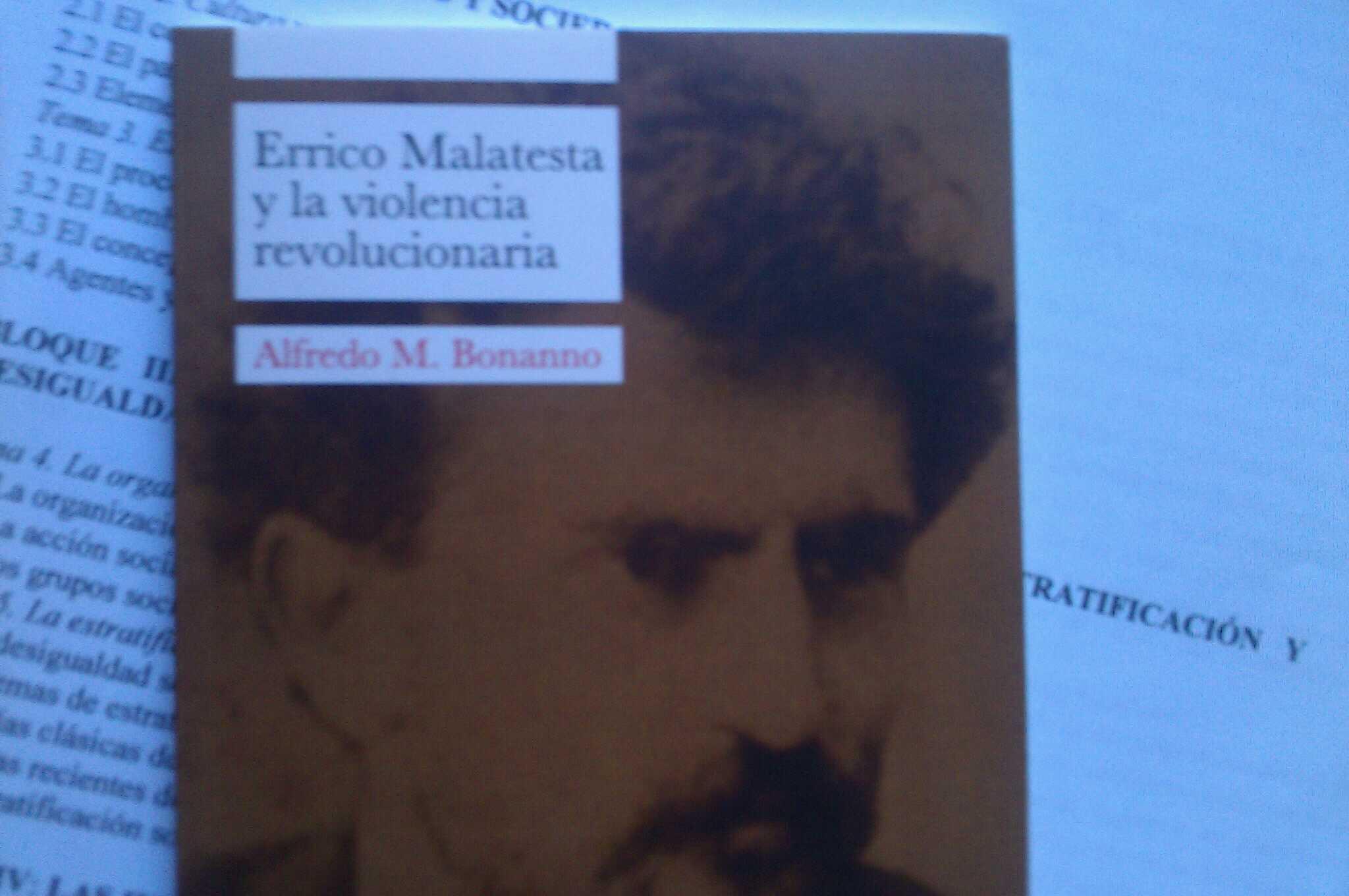 RT @dacoal: Cuanta falta le hace a algunos este libro... http://t.co/fXydRVJk