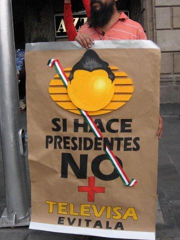#YoComproEnSoriana La dignidad; el hambre, la verg?enza, la ignorancia y la miseria del pueblo oprimido. Atte. @EPN http://t.co/w72Jx8nl