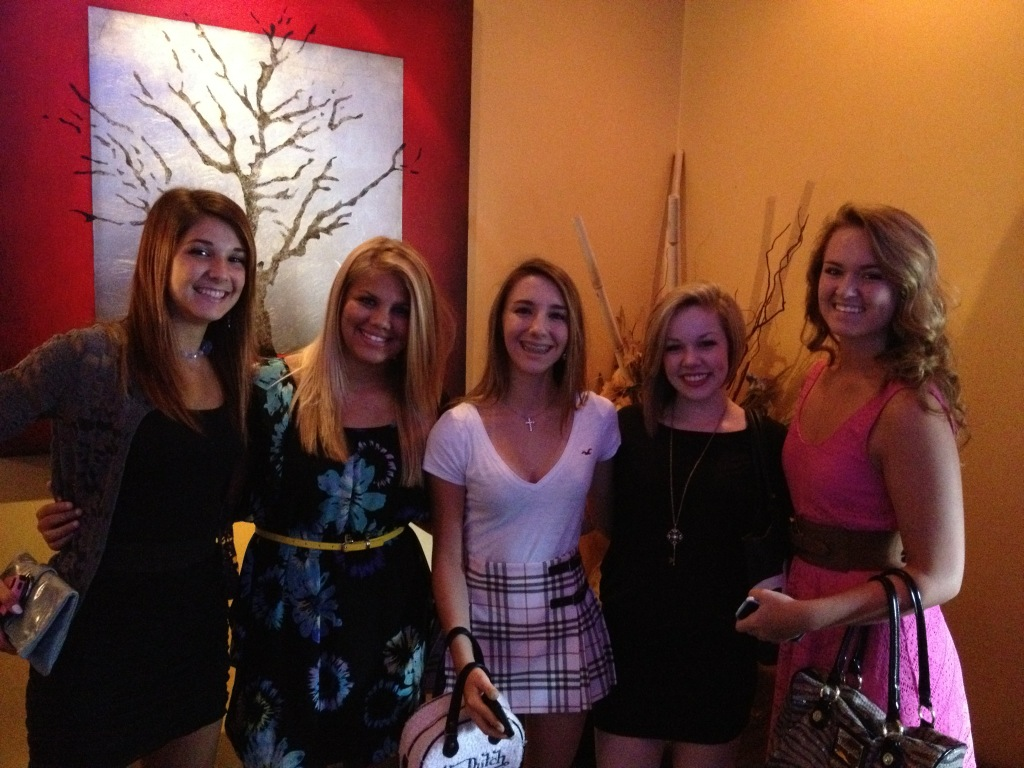 Angelina's 15th Birthday at Kobe with Taylor, Hannah, Lily and Christina http://t.co/a1e89qvd