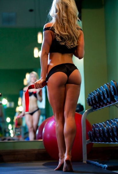 Wow what a perfect ass! Do your squats ladies! #fitspo http://t.co/vd0C8ko4
