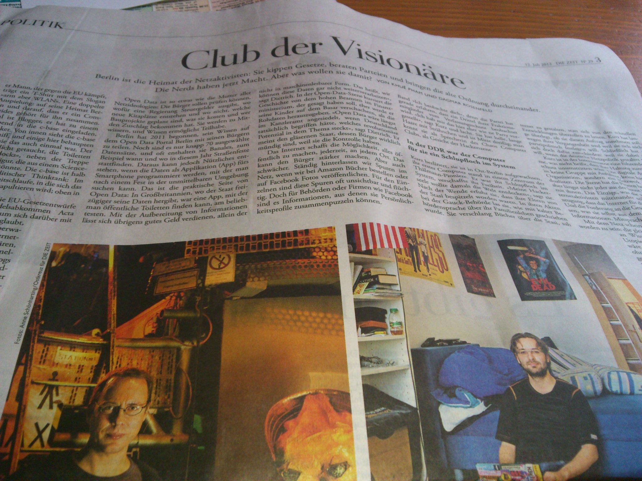 RT @gibro: 'Club der Visionäre' titelt die Zeit und widmet unter anderem @netzpolitik und @plomlompom die ganze Seite 3 http://t.co/HijoG5fa