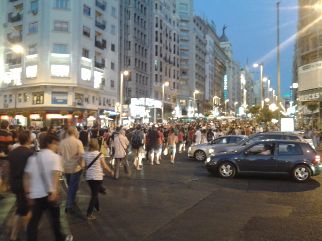 @Barbijaputa te dejo una foto de plaza españa ahora mismo que seguro que te gusta http://t.co/fF0quqzc
