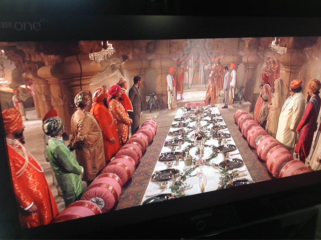 The dinner scene in Temple of Doom is one of my fav of all time! 'ahh snake surprise...' http://t.co/ARYxEfvt