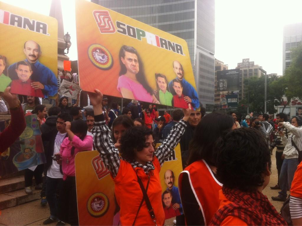 RT @paezvarela: #MegaMarcha en el DF avanza hacia el Zócalo http://t.co/1bV7RPct
