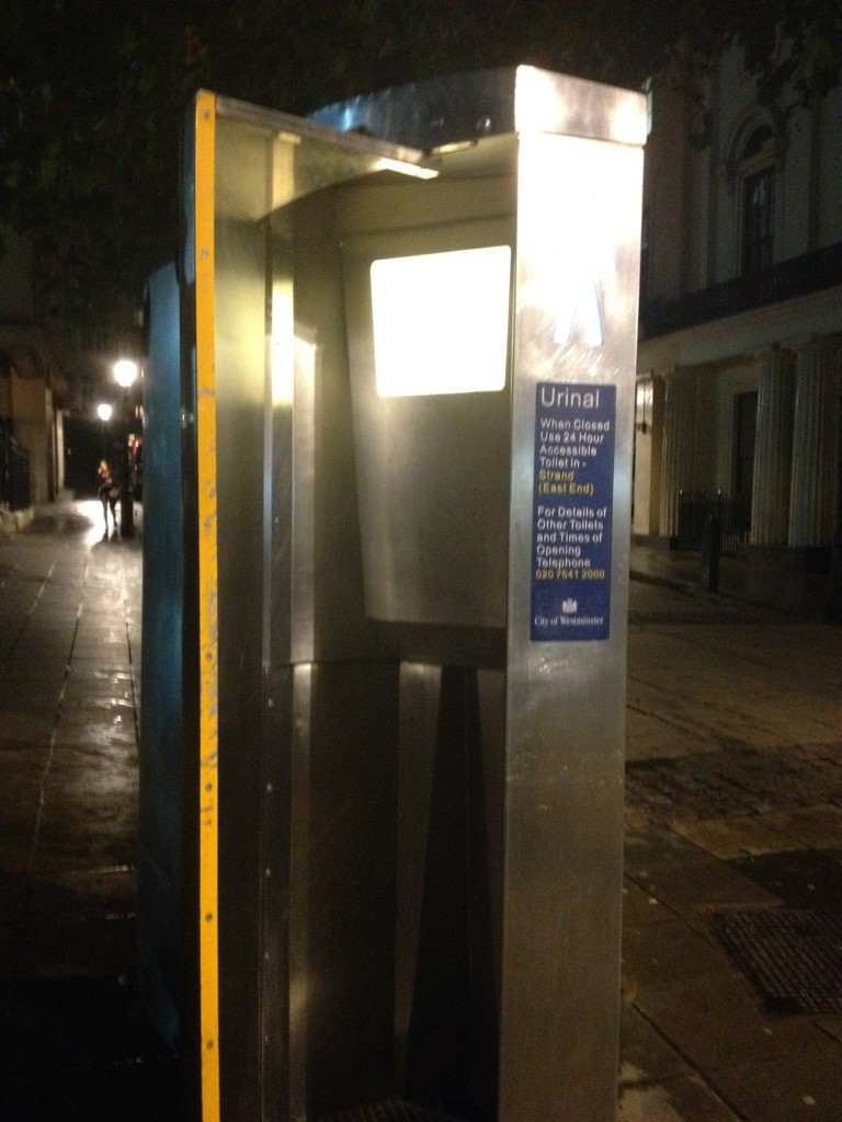Very helpful for all the drunk Brits on the streets! #London http://t.co/AQasTAPC