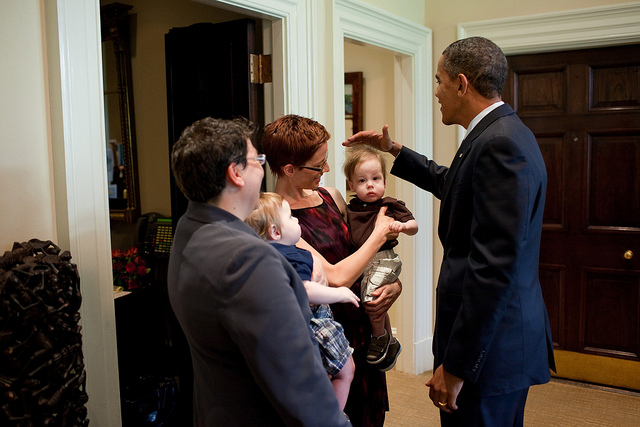 """""""@BarackObama: Blame the static electricity in the Oval Office: http://t.co/8cnsP0iJ""""..what solar co does that guy represent? @CNN @FoxNews"""
