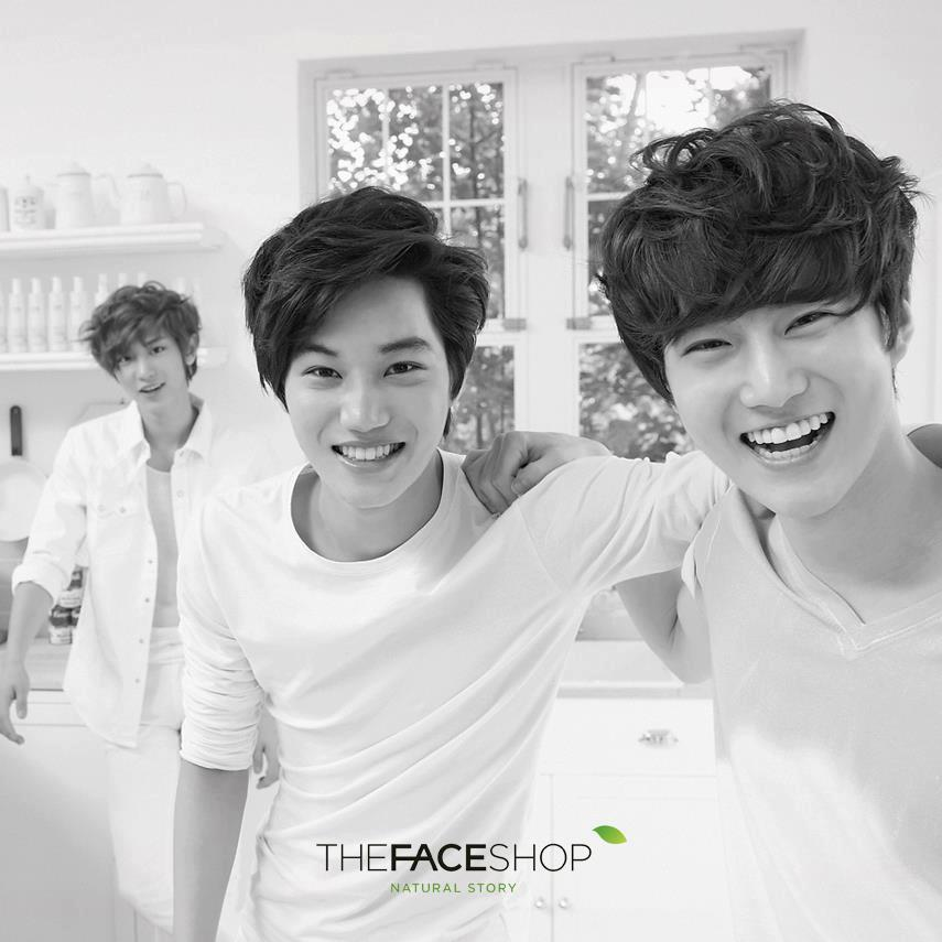 [PIC] The Face Shop -Chanyeol Kai Suho [855x855] http://t.co/DBFcghTb