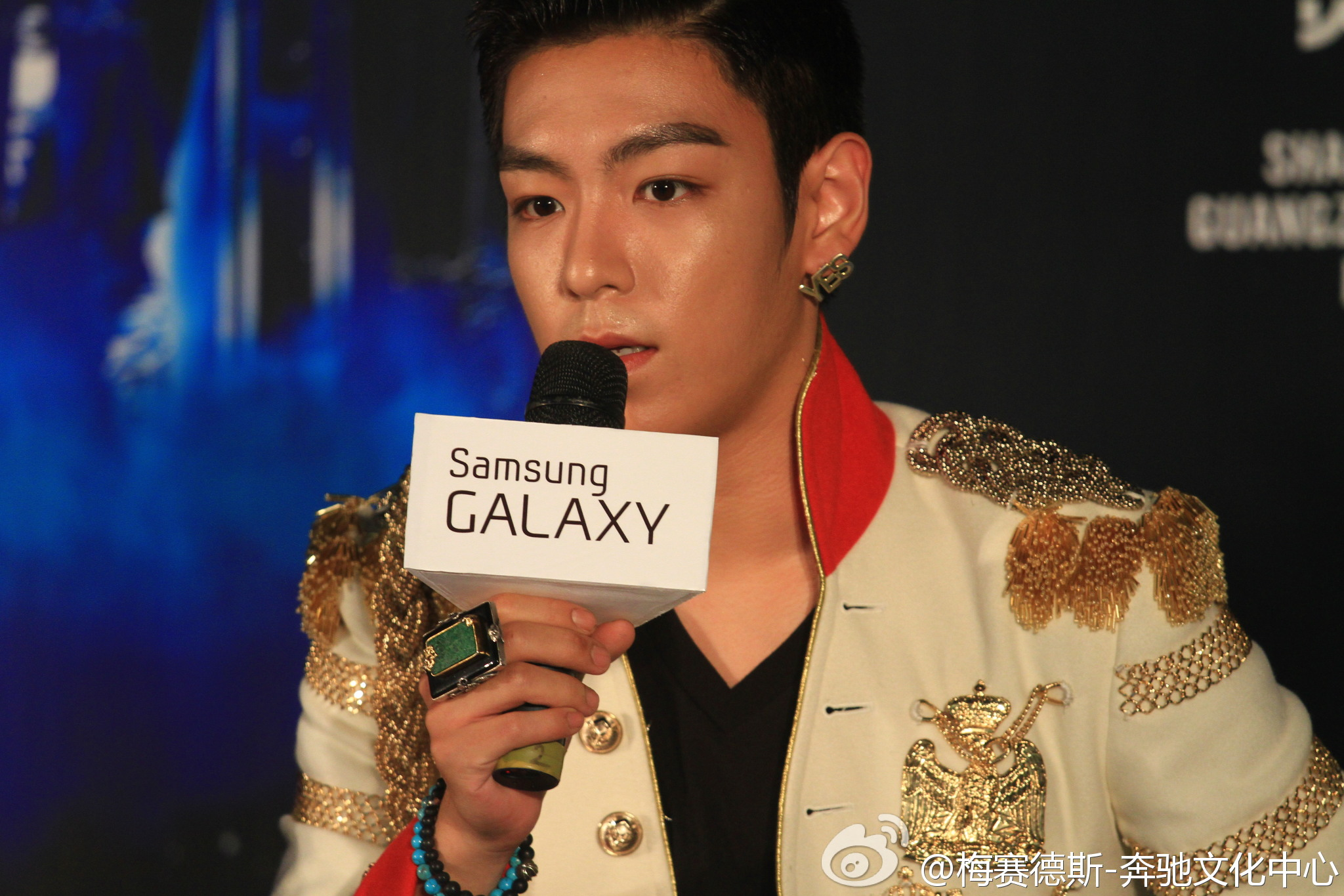 T.O.P at Samsung Galaxy [BIGABANG ALIVE GALAXY TOUR 2012 in Shanghai] press conference http://t.co/5gEfPjWa