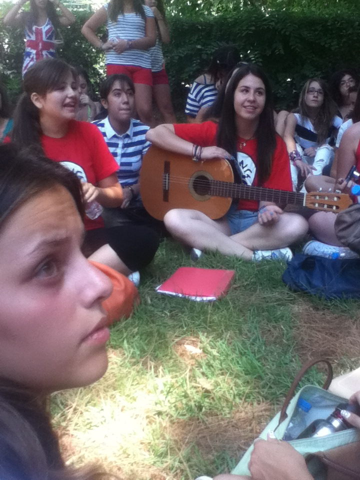 meet up 21/7/2012  Greek Directioners Exist http://t.co/jzuCltii