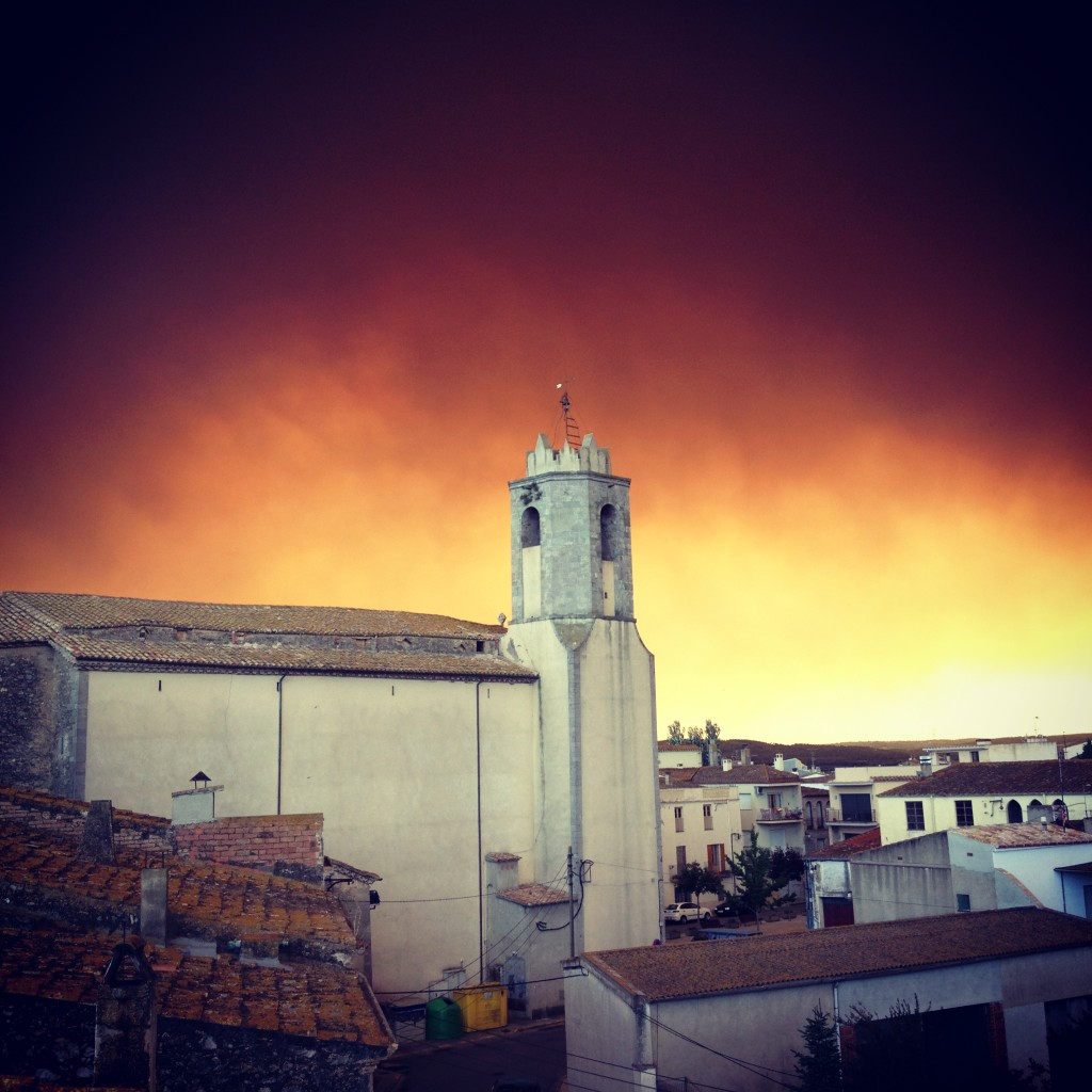 #ARAincendis  l'incendi desde l'armentera http://t.co/anTctfWX