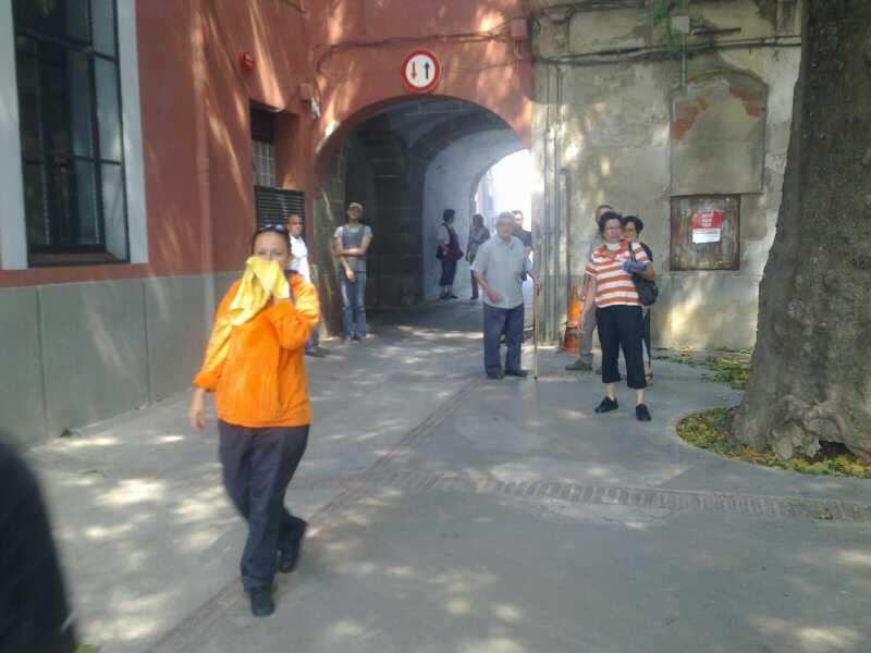 Fum i cendra a La Jonquera http://t.co/XXt2iMeG